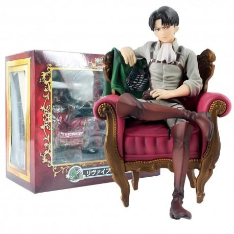 Figurine Levi Ackerman assis